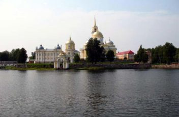 Nilova-Pustin-9483125